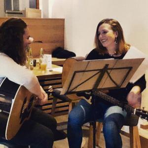 Live Musik mit Martina & Edith